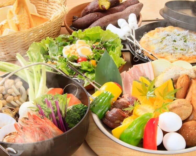 ゆとりろグランピングガーデン熱海伊豆山 地元食材を使用したお料理 写真