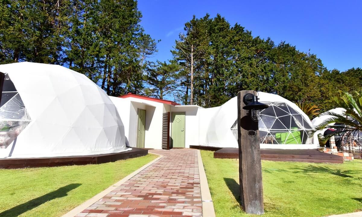 静岡県おすすめグランピング施設 伊豆シャボテンヴィレッジ 全体写真