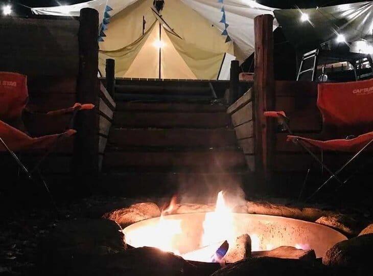 PAWS GROUNDの焚火スペース