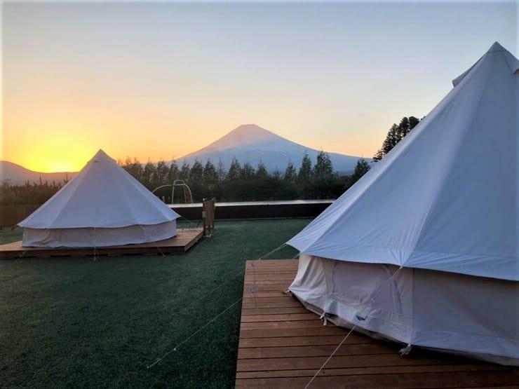 関東のおすすめグランピング施設outdoor hill village の全体写真